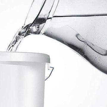 Стоит ли разбавлять краску водой?