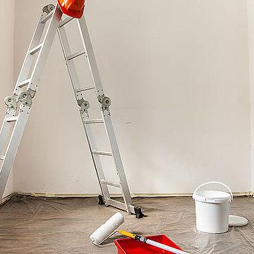 Как защитить поверхности при выполнении внутренних окрасочных работ?
