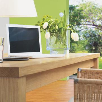 Як поєднати колір стін та меблі з деревини у інтер'єрі